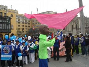 Los coalicionarios disfrutaron de un espectáculo artístico y musical en la Plaza Mayor