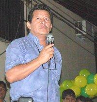 Ex congresista Eduardo Salhuana, candidato por el partido Perú Posible
